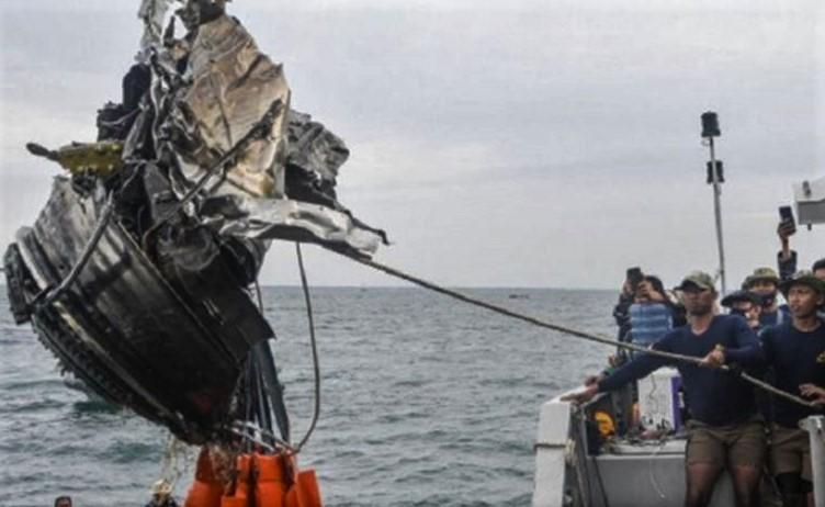 Informasi Berita Menolong Bencana Sriwijaya